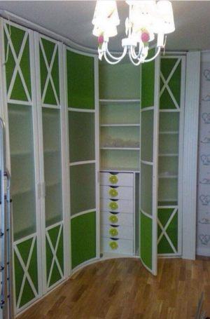 Распашная радиусная дверь Барнаул